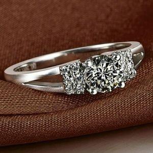 Jewelry - 925 Sterling AAAA Brilliant Diamond Imitation Ring